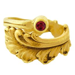 """""""Plume"""" Vintage 18k Yellow Gold Spoon Ring With Ruby"""